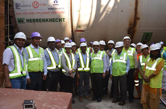 Ms. Ashwini Bhide, MD, MMRC along with team MMRC witnessing the first excavation of Mumbai Metro Line - 3