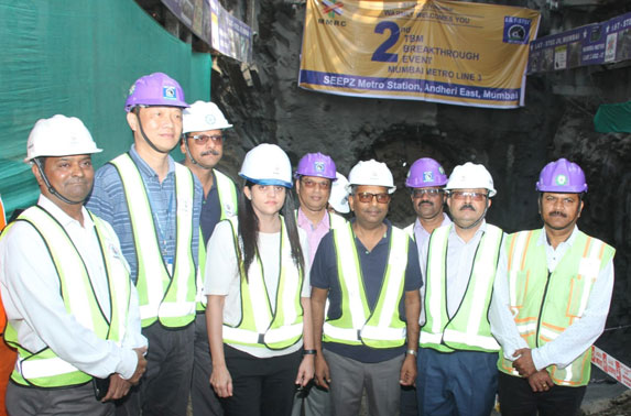 MD. MMRC, Ms. Ashwini Bhide along with Dir. Projects, Mr. S.K.Gupta and Dir. Systems, Mr. A.A. Bhatt witnessed the Second TBM breakthrough at SEEPZ