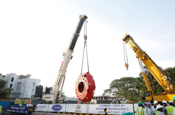 Cutter head of Godavari-1 TBM lowered at Vidyanagari launching shaft.