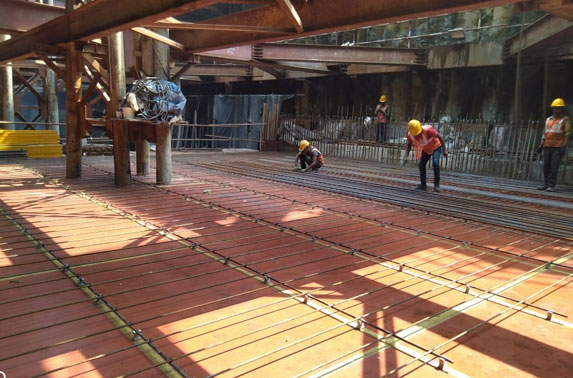 Concourse Slab Reinforcement Progress in Grid 6-8 at Hutatma Chowk Station