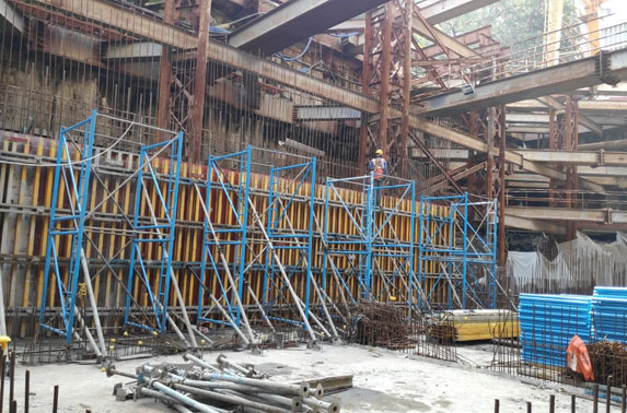 Concourse to Roof Walls Shuttering Progress at Churchgate Station
