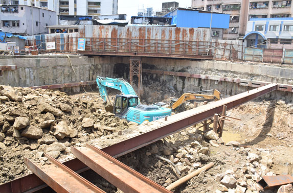 Dharavi - Ancillary building excavation