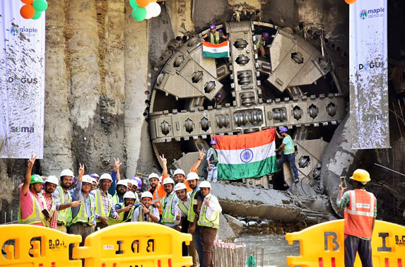 Engineers and Contractor of Package 3 of Metro Line 3 during 25th Breakthrough at Worli Metro Station.
