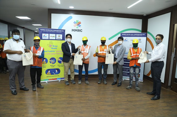 MMRC in coordination with JICA distributed hygiene-related goods to front-line workers at its construction sites.