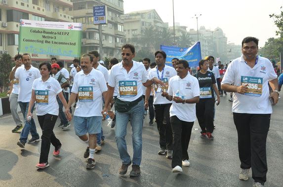 MD, MMRC & Team keeping up the pace with other runners.