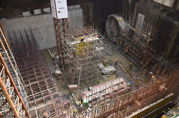 Mumbai Central- Column Shuttering, head wall reinforcement work and Concourse staging work in progress
