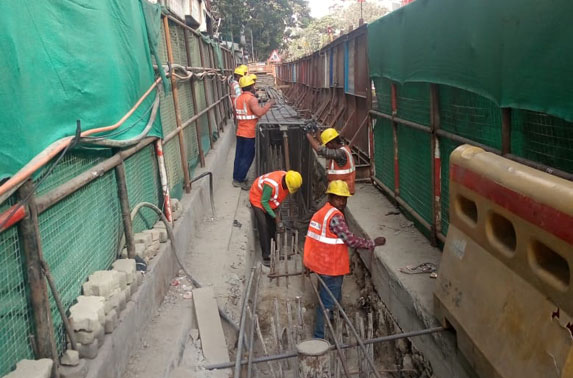 Grant Road Station - Capping BEam Breaking