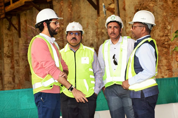 Shri Aditya Thackeray, Honorable Minister of Tourism & Environment, Mr Ranjit Singh Deol, MD, MMRC & Mr SK Gupta, Director Project, MMRC during 25th Tunnel Breakthrough.