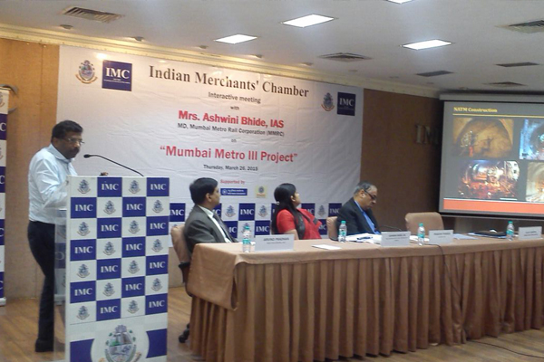 Mr. S.K Gupta, Director (Projects) made an effective presentation at The Indian Merchants Chambers. All invitees not only showed keen interest but also promised support to Metro-3 Project
