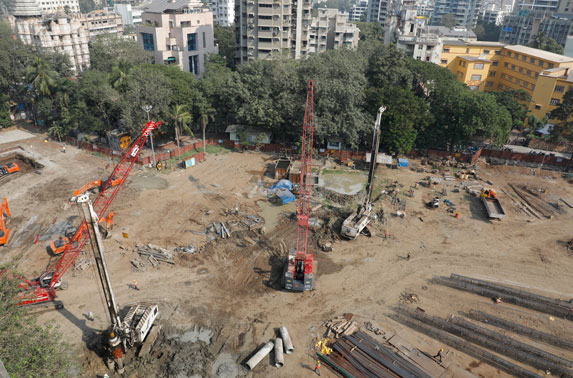 Aerial view of Siddhivinayak construction site.